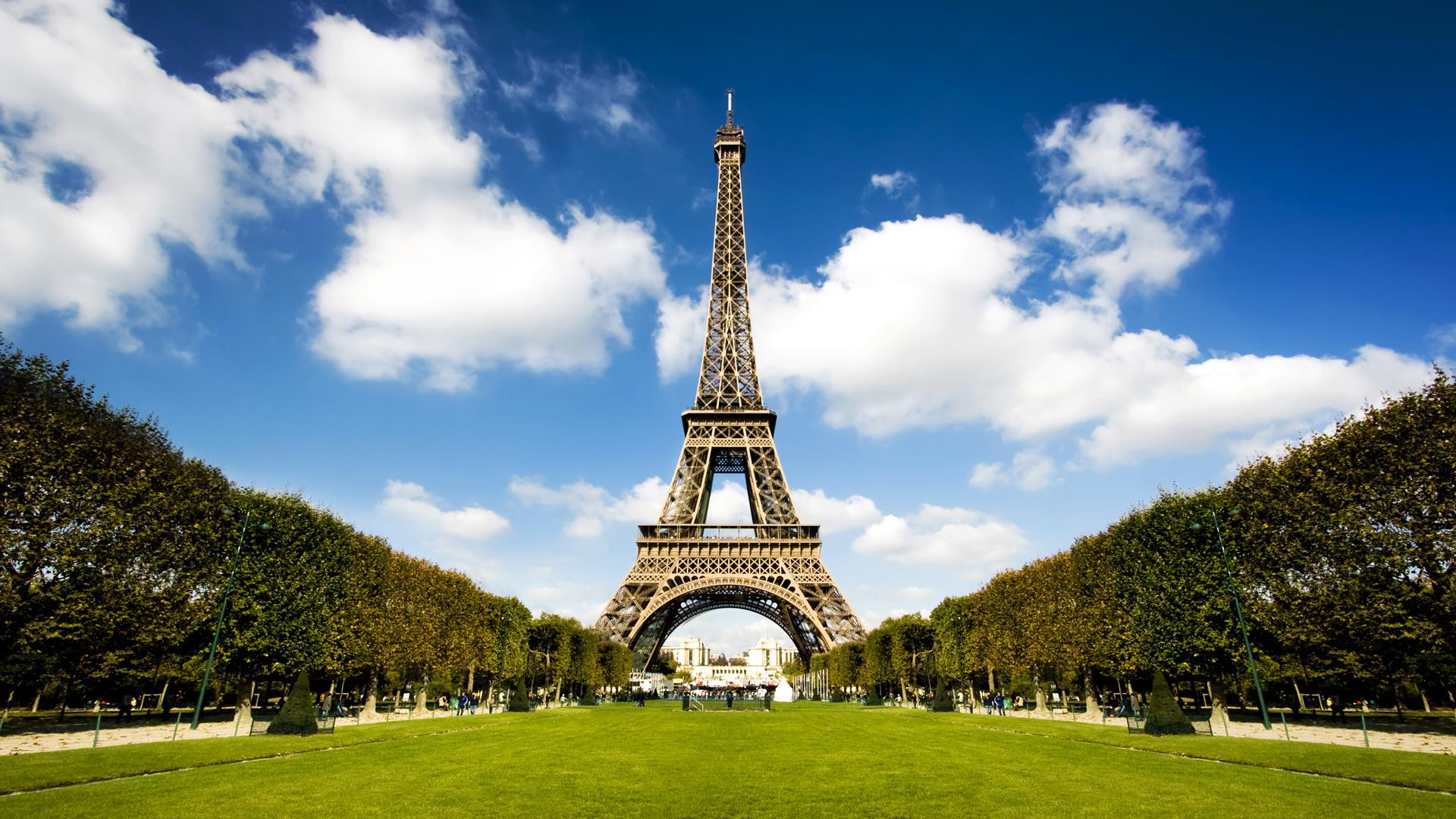 eiffel-tower-wallpaper-6.jpg