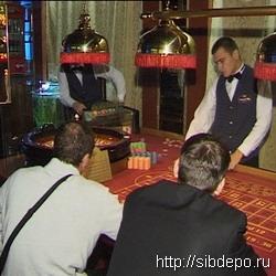 Кемеровские милиционеры под видом обычных посетителей проверяют казино города