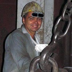 Тулеев назвал ситуацию в металлургической отрасли критической