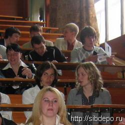 'Студентам-контрактникам