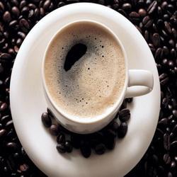 В кемеровском кафе в кофе добавляли сомнительный коньяк
