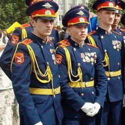 Внуку Тулеева вручили аттестат зрелости