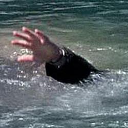 В Кемерове, спасая товарища, утонул в пруду мужчина