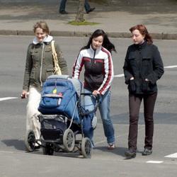 В Кемерове грузовик сбил коляску с грудным ребёнком