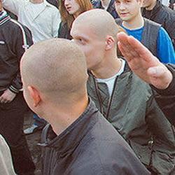 В Кузбассе рассматривается дело о скинхедах