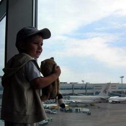 Более 2 тысяч томичей ограничены в праве выезда из России