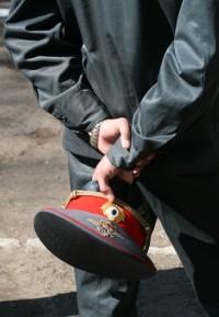 В Кузбассе будут судить полицейского начальника, который за взятку пообещал закрыть уголовное дело