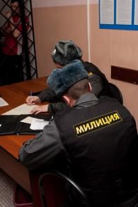 Кемеровский наркоман напал с ножом на таксиста