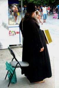 Пожилые православные сторонники «Единой России» из села проголосовали бы за священника