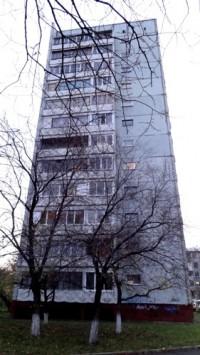Кемеровский пенсионер покончил с собой, выпрыгнув из окна