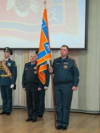 Кузбасские спасатели будут хранить знамя в Кемерове