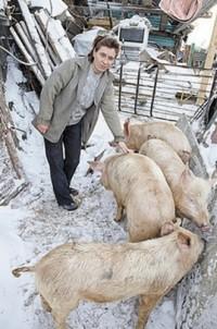 Многодетные семьи Берёзовского помогают друг другу продуктами и курами