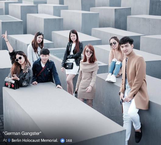 Yolocaust: акция израильского сатирика против селфи умемориала жертвам Холокоста вБерлине