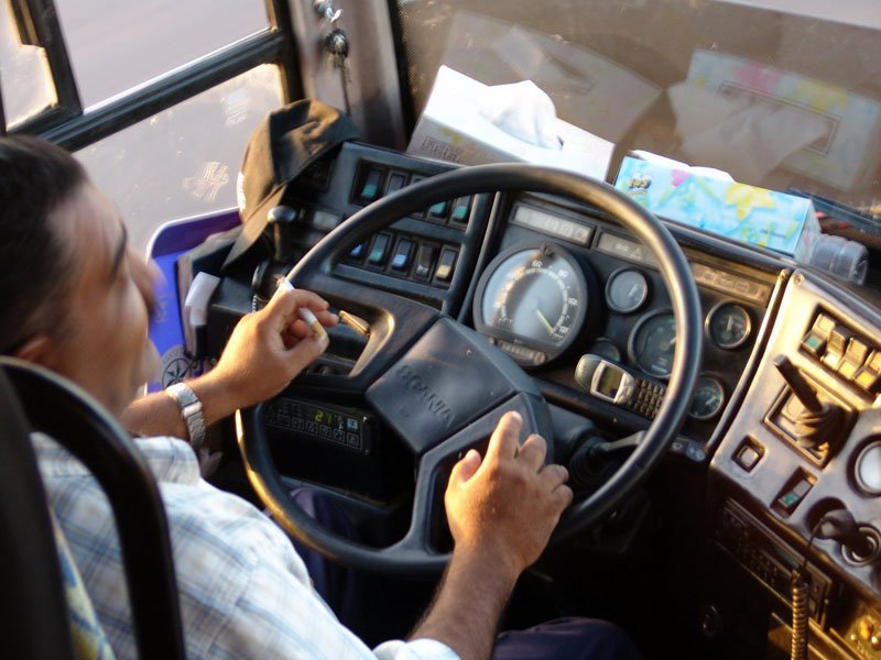 ВКузбассе шофёр маршрутки возил пассажиров под наркотиками