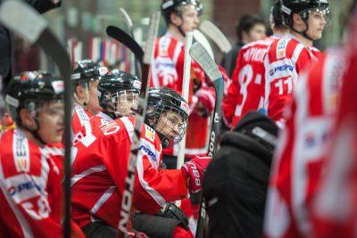 Состояние отравившихся новокузнецких хоккеистов оценивается как удовлетворительное