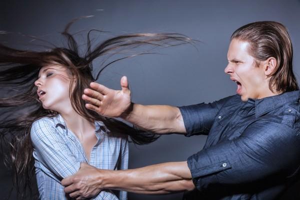 59% граждан России поддерживают декриминализацию семейного насилия— Опрос