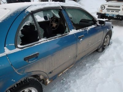 23-летний кузбассовец повредил пять автомобилей после ссоры с родственниками
