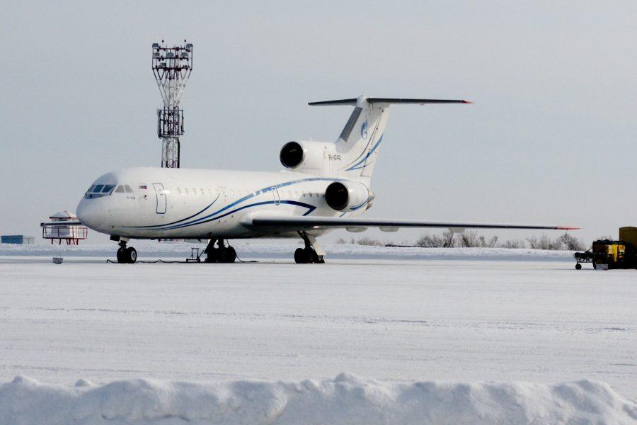 Ваэропорту им.Леонова застрял самолет, перевозивший груз