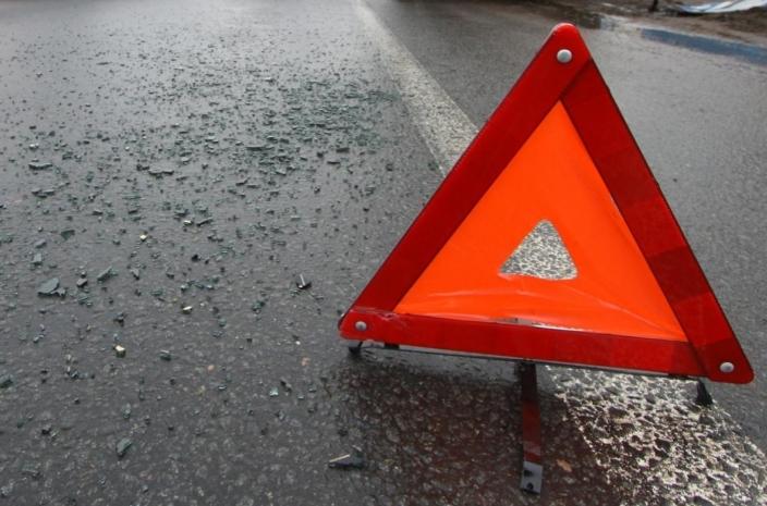 ВМариинском районе натрассе шофёр Лексус насмерть сбил пешехода