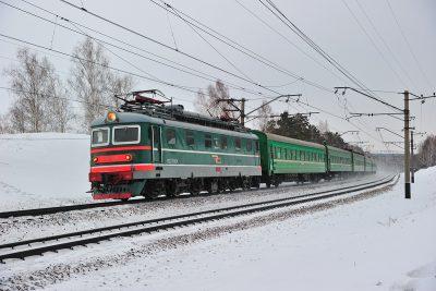 В Кузбассе пассажирский поезд травмировал 14-летнего ребёнка