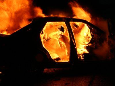 За прошедшие сутки в Кемерове сгорели два автомобиля