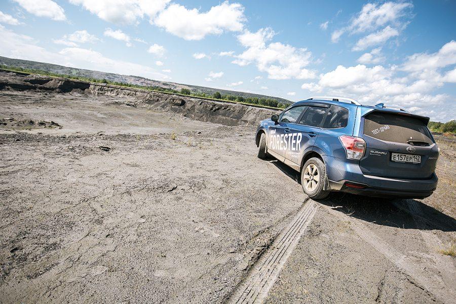 Загод жители России потратили напокупку авто 1,8 трлн руб.