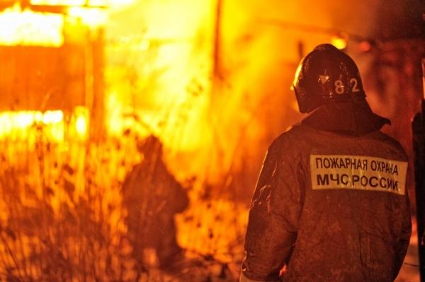 Ночью вКемерове произошёл пожар впроизводственном помещении