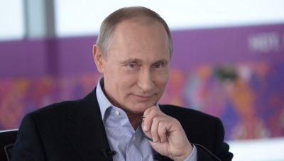 Владимир Путин напомнил студенту МГУ забытую строчку песни