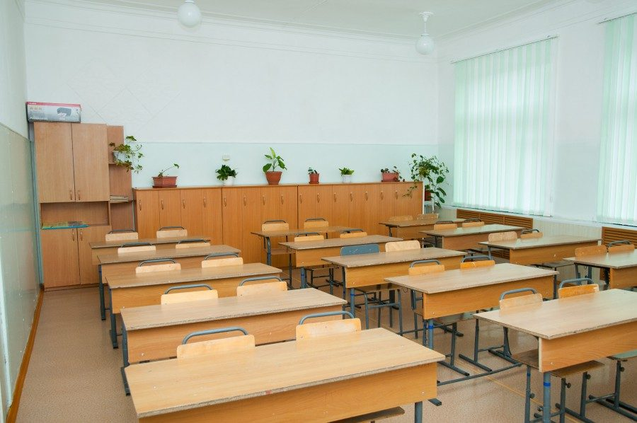 С понедельника все кемеровские школы снимут с карантинаС 6 февраля в общеобразовательных учреждениях возобновится учебный процесс