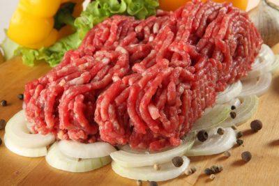 В Кемерове специалисты проверили мясо и сухое молоко на соответствие нормам
