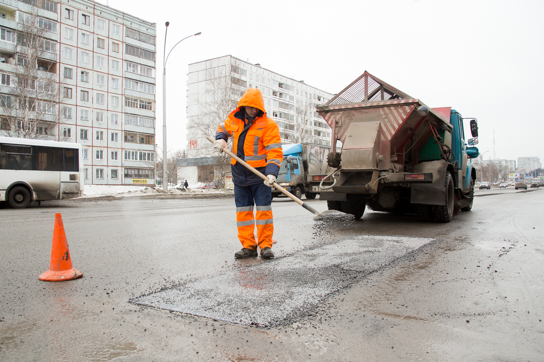 ВКемерово в текущем году удвоят финансирование иобъемы ремонта дорог