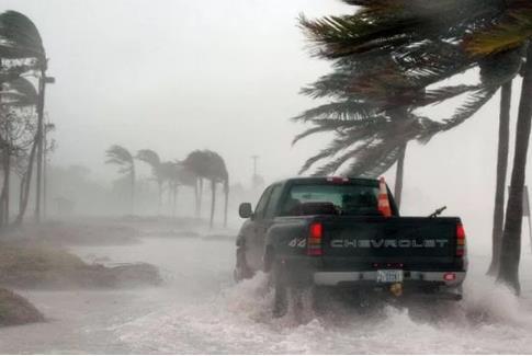 ВКалифорнии из-за шторма погибли двое людей