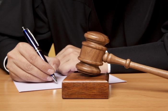 Жителя Кузбасса осудили заизбиение трёхлетнего сына