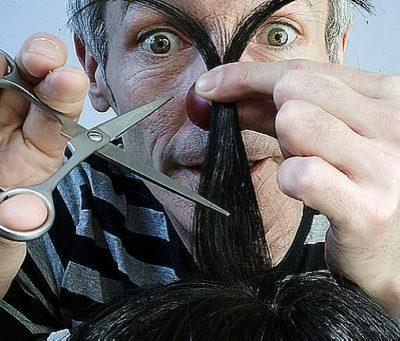 Кузбасские работодатели ищут парикмахера-вахтовика и витриниста
