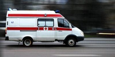 В Кузбассе на трассе перевернулся УАЗ, пострадали три человека