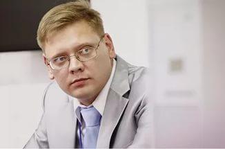 Кемеровский общественник достал из кармана 4 млн и отдал удивленным приставам