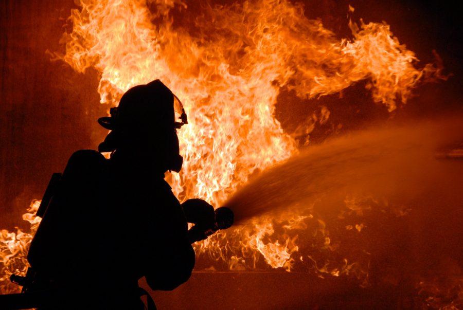 Наночном пожаре вНовокузнецке погибла женщина