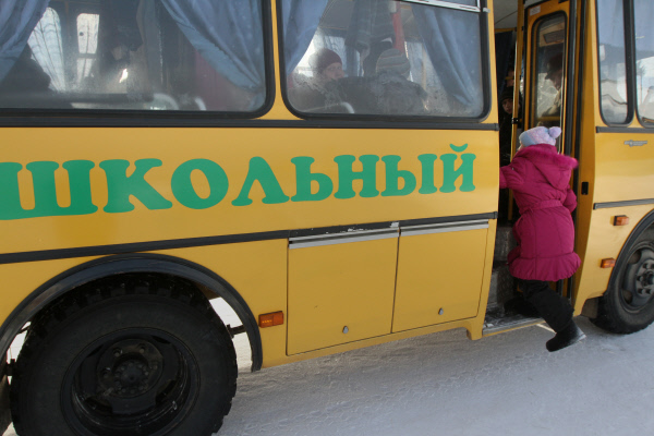 ВКузбассе шофёр  школьного автобуса имел судимость запопытку изнасилования