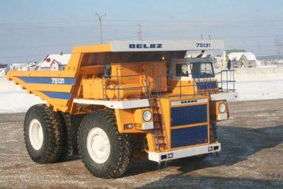 Четыре кузбассовца серьёзно пострадали при взрыве колеса 130-тонного БелАЗа