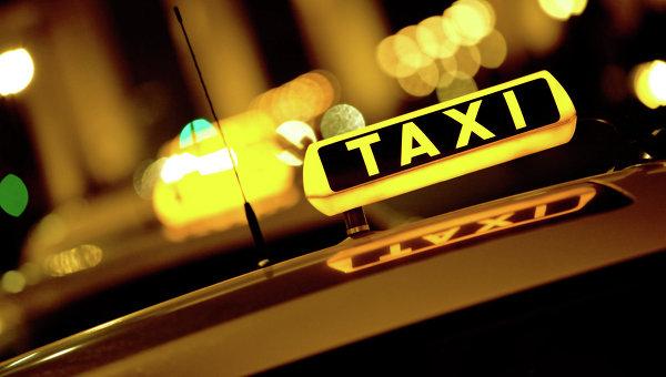 ВНовокузнецке задержали подозреваемых вугоне такси
