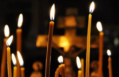 Кемеровчанин не смог очистить, купив фото «чудодейственных» свечей