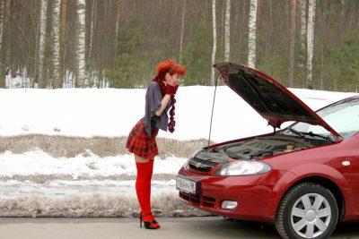 Кемеровским автоледи в честь 8 марта автомеханики помогут бесплатно