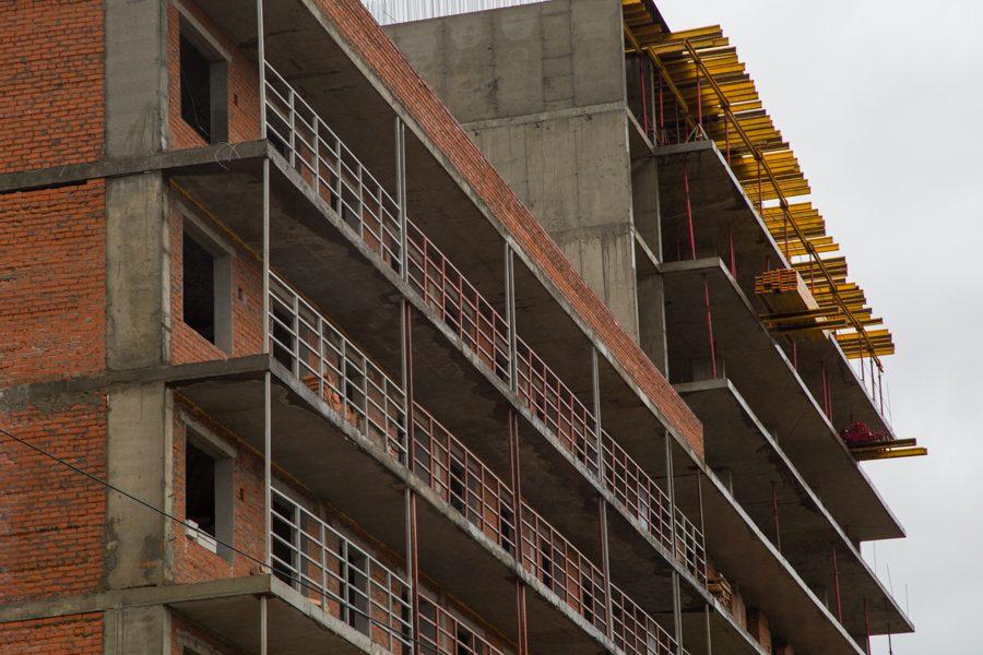 ВКузбассе назвали аутсайдеров потемпам возведения  жилья
