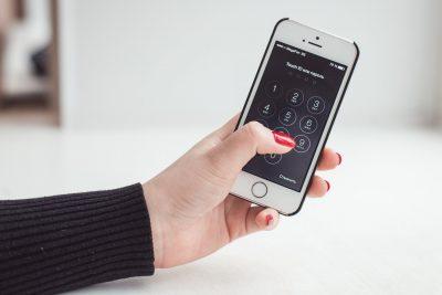 Кузбассовцы смогут пользоваться смартфонами на 30% дольше, чем обычно