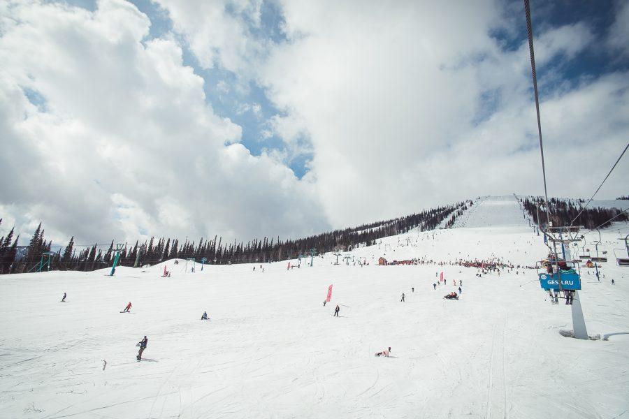 Роза Хутор— самый известный горнолыжный курорт всередине весны