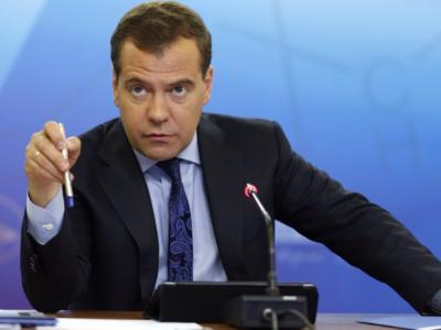 Медведев призвал россиян жить неопределённое время в условиях санкций