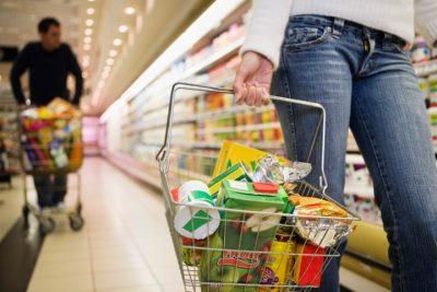В Кузбассе закрыли продовольственный магазин из-за угрозы отравлений