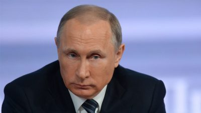 Владимир Путин уволил 10 высокопоставленных силовиков
