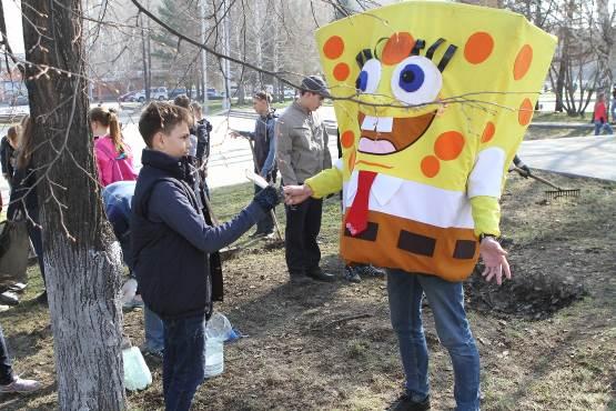 В Кемерове и в Новокузнецке на субботники вышли более 26 тысяч человек