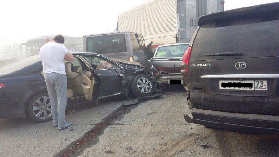 Фото: в Кузбассе на трассе произошло массовое ДТП, есть пострадавшие